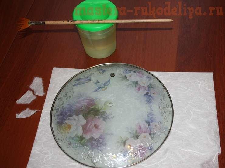 Работа с рисовой бумагой. Часы из крышки от сковородки