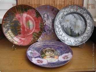 Варианты фонов при обратном декупаже на тарелках