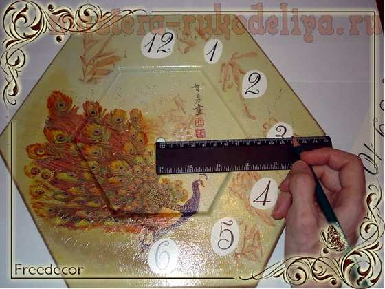 Мастер-класс по декупажу на дереве: Часы; Павлин.