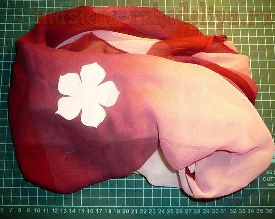 Мастер-класс по созданию цветов из ткани: Брошь-цветок