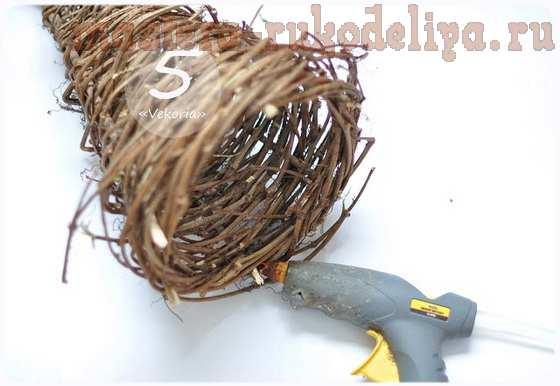 Мастер-класс по флористике: Ёлочка из веток дерева