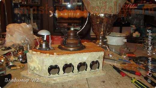 Мастер-класс по папье-маше: Часы; Паровой Кандибобер.