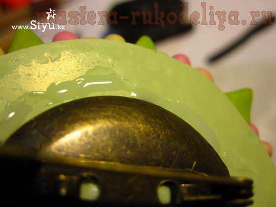 Мастер-класс по работе с полимерной глиной: Необычные броши-пуговицы
