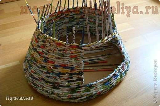 Мастер-класс по плетению из газет: Домик для кошки своими руками