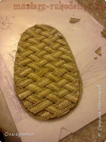 Мастер-класс по плетению из шпагата: Домовой в лаптях