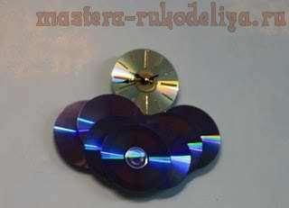 Мастер-класс: Часики из старых дисков