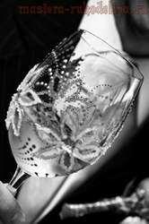 Мастер-класс: Декорирование свадебных бокалов стекловидными гранулами