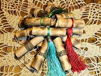 Мастер-класс по скрапбукингу: Бирочки-свитки за 30 минут