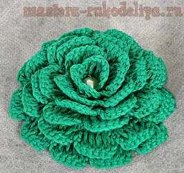 цветок связанный крючком