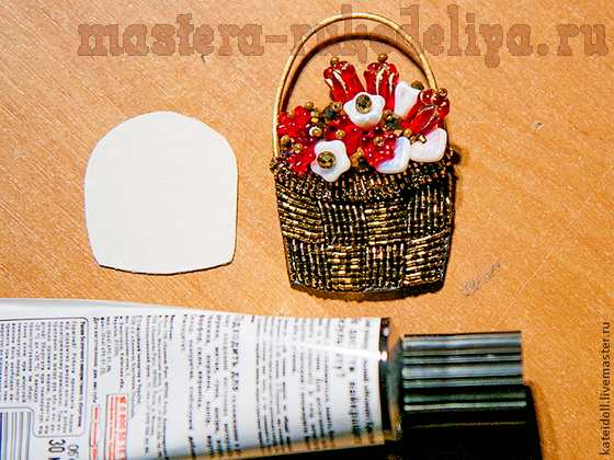 Мастер-класс по вышивке бисером: Брошь; Корзинка с цветами.
