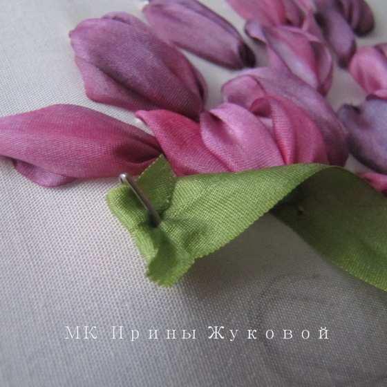 Мастер-класс по вышивке лентами: Букет с тюльпанами
