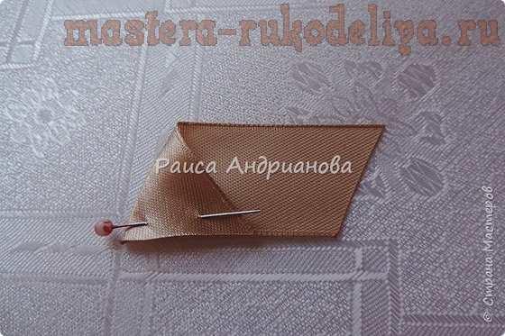 Мастер-класс по вышивке лентами: Клатч с простым цветком