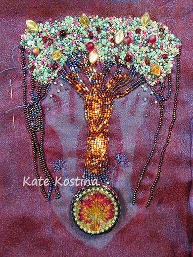 Мастер-класс по вышивке бисером: Колье; Загадочное дерево.