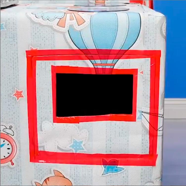 Детская кухня из картонной коробки