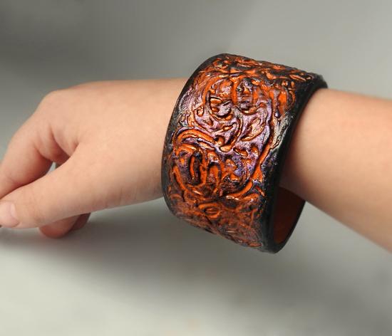 Оригинальный браслет своими руками