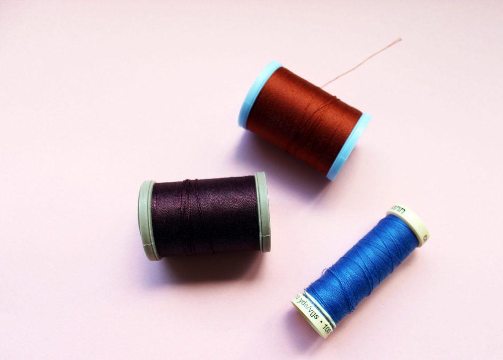 Как сшить сумку из кожи на домашней швейной машинке. Мастер-класс