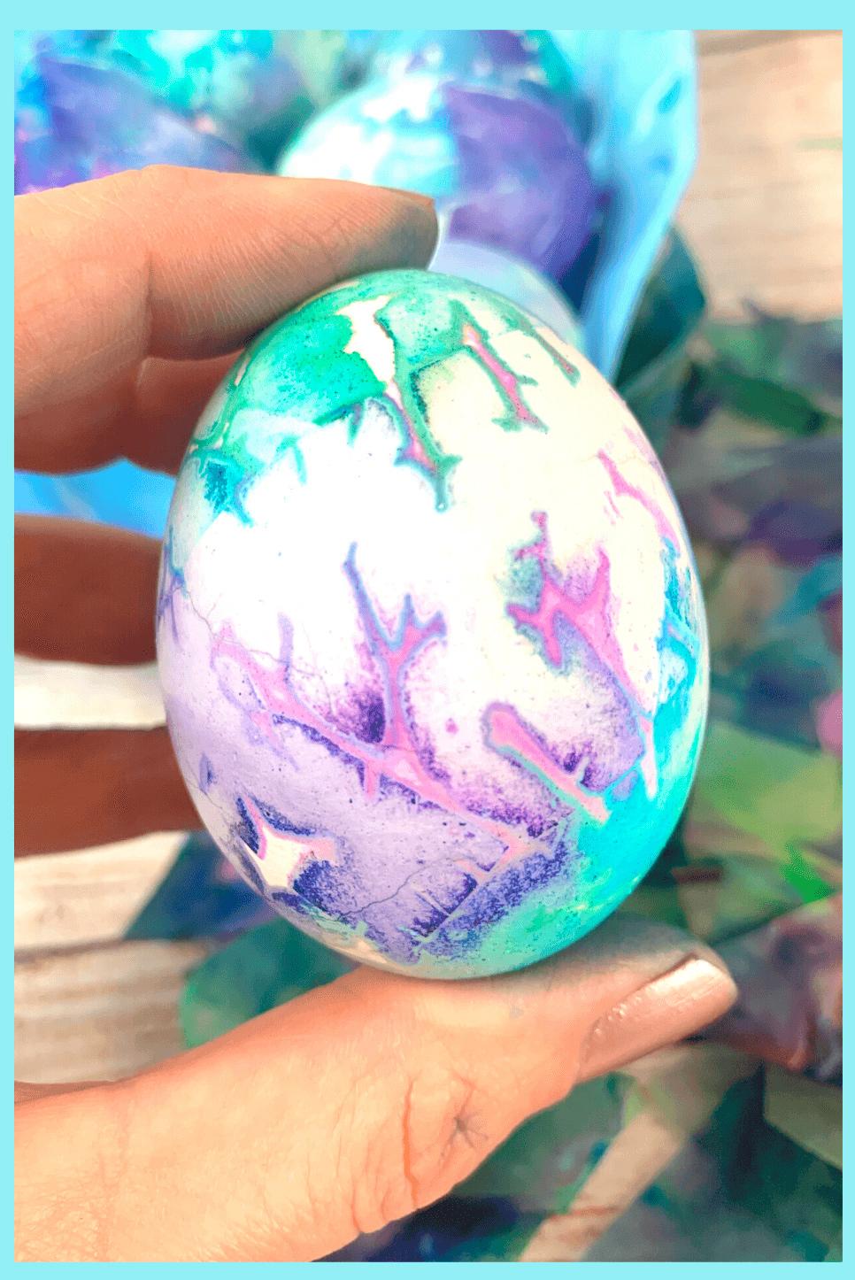Интересный рецепт окрашивания пасхальных яиц